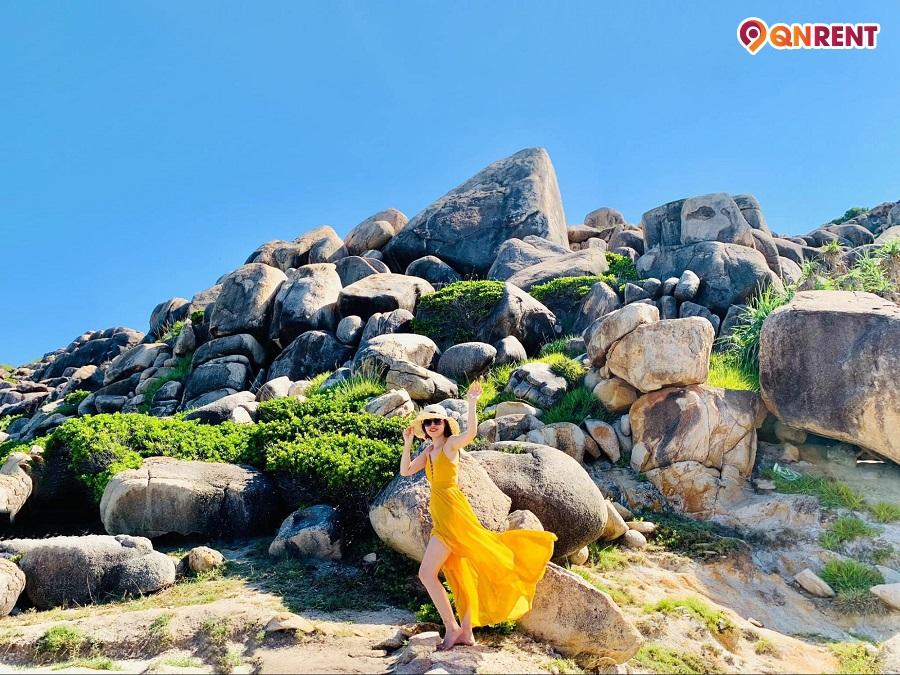 Bãi đá Thảo Nguyên Cù Lao Xanh