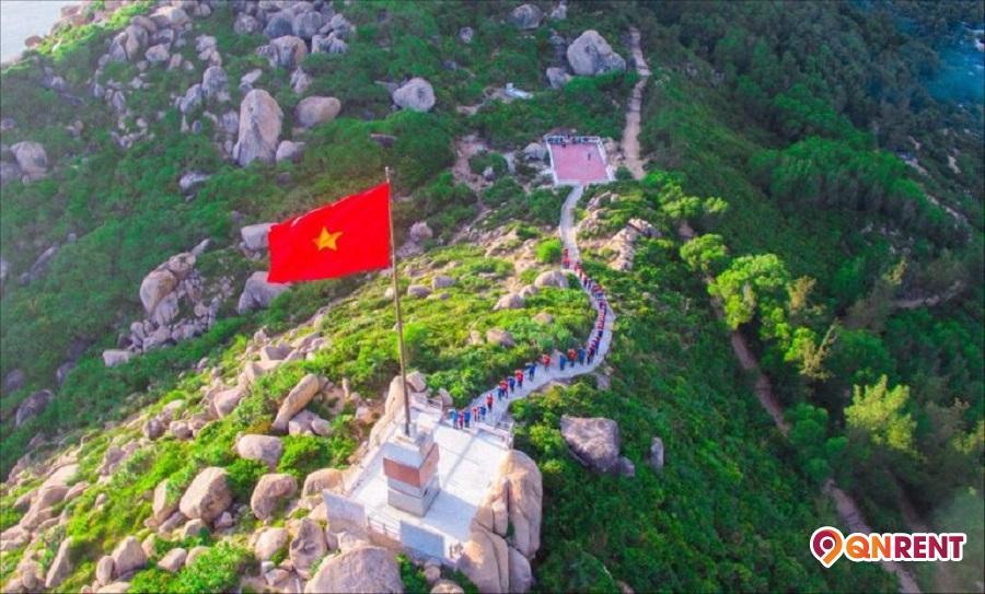 Cột cờ Cù Lao Xanh Bình Định