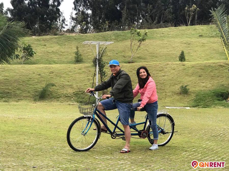 Đi xe đạp đôi tại Safari Quy Nhơn