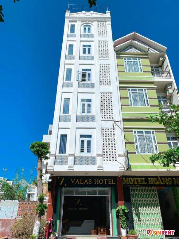 Valas Hotel